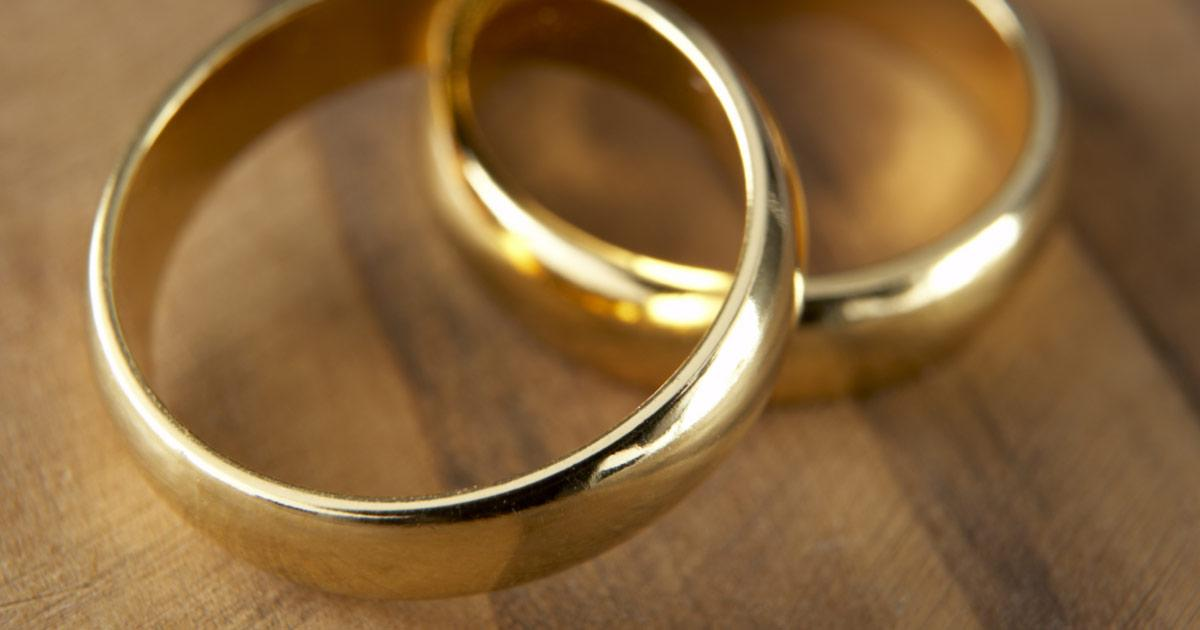 Infidelity as a Third Option to a Lasting Marriage?