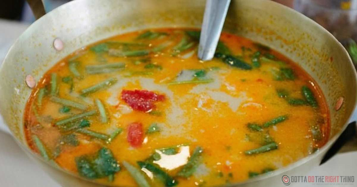 Defeat The Flu, Sinus Infections, Cold & Excess Mucus With This Ancient Ginger & Garlic Soup Recipe