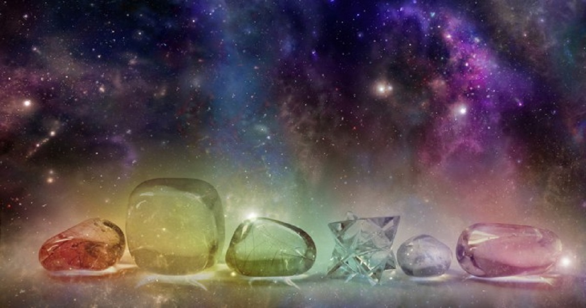12 Healing Crystals & Ways You Can Use Them In Your Life