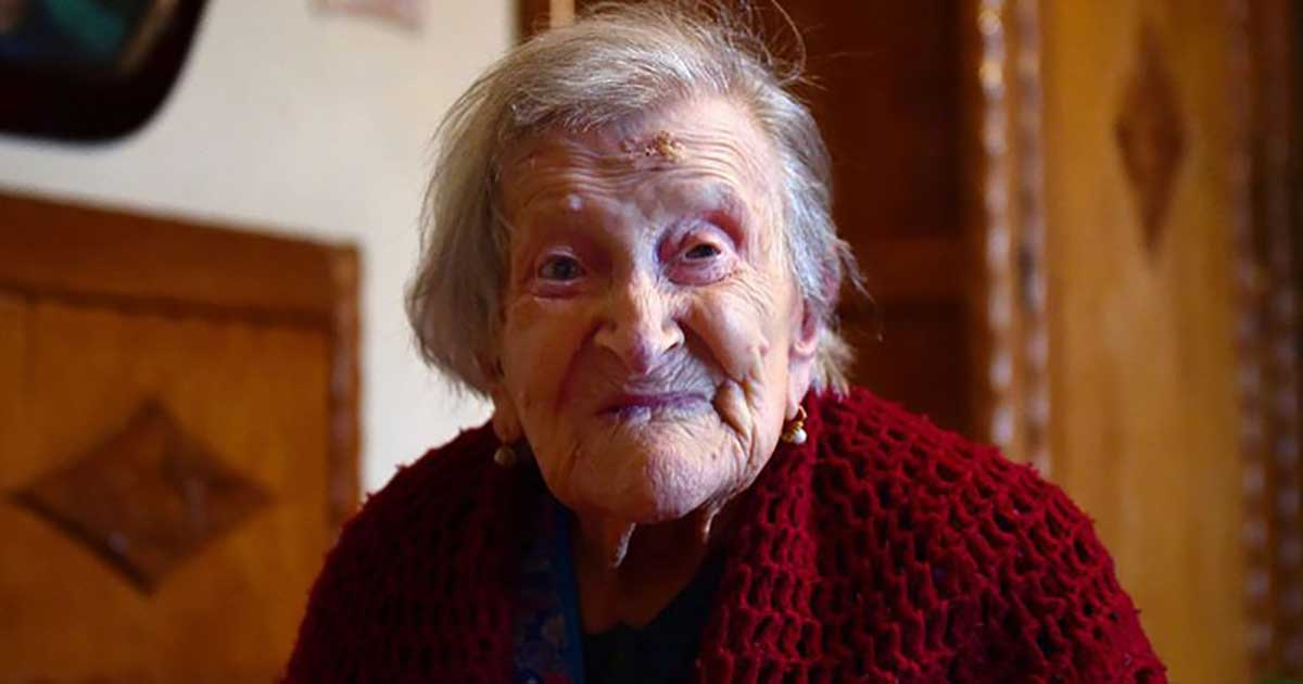 What Does The World's Oldest Person Ate Every Day?