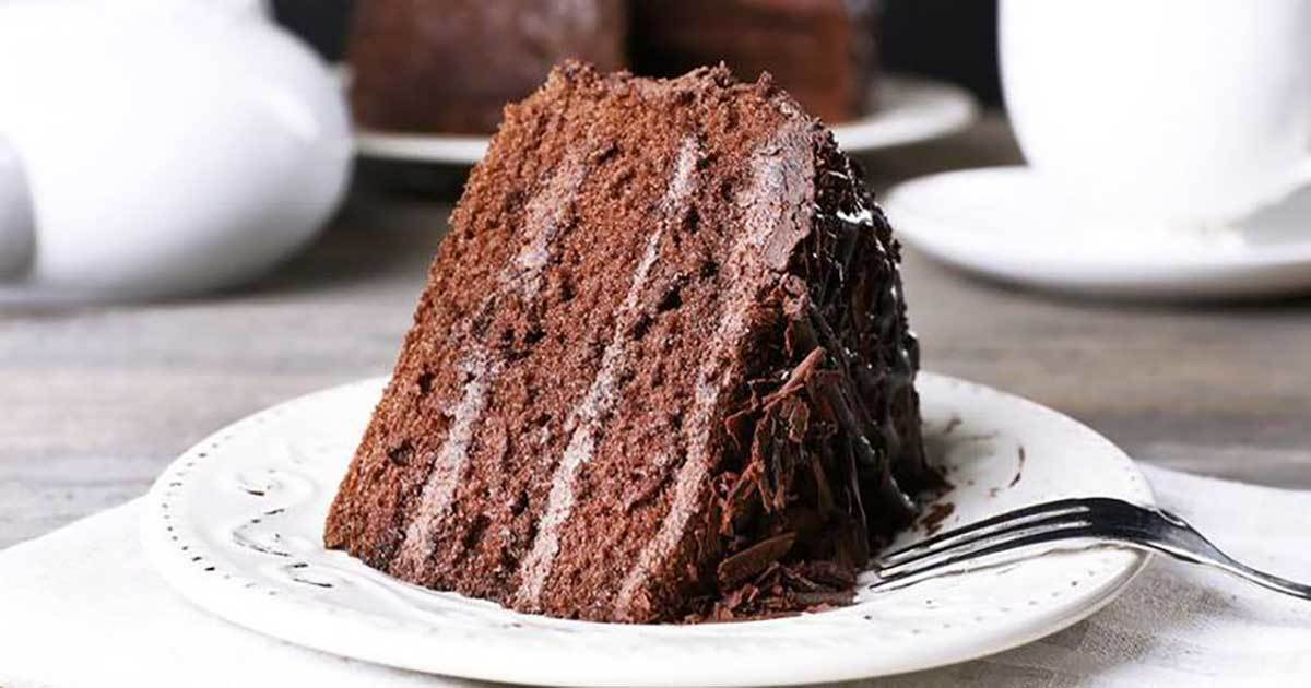 Eating Chocolate Cake for Breakfast Is Good for You, This Is Why
