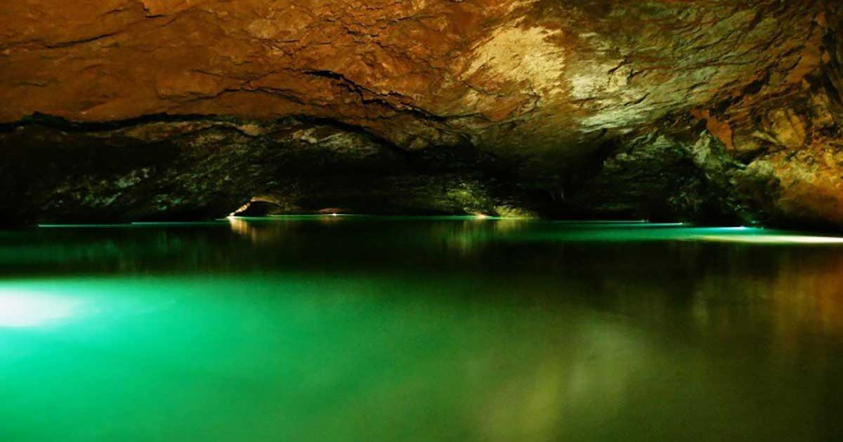 A 13-Year-Old Discovered the Biggest Underground Lake in the US