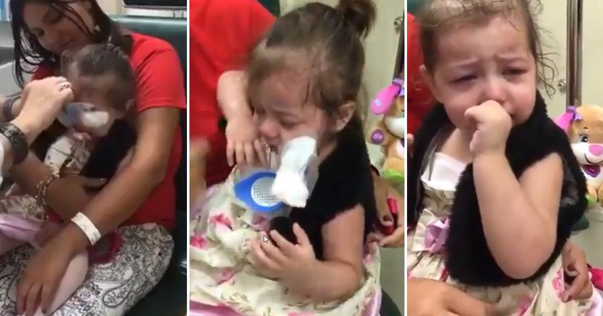 Girl's Irresistible Reaction Seeing The World for The First Time After The Surgery